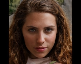 Tiara, 22 years old