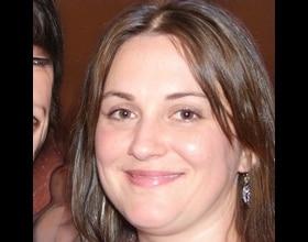Lucinda, 44 years old