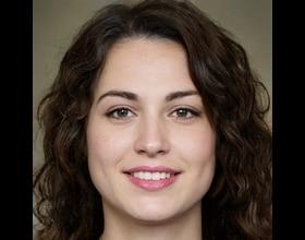 Ana Mia, 25 years old